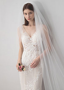 In Stock Romantic Tulle Ivory Wedding Veil